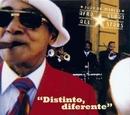 Distinto Diferente album cover
