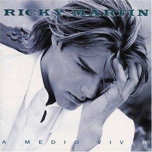 A Medio Vivir album cover